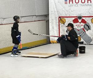 Jonathan Cheechoo​​​​​​​ spends some quality father-son time training at Extra Hour
